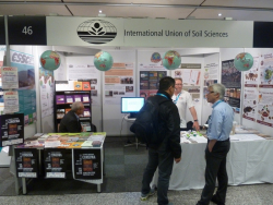 IUSS booth at EGU 2016 - Sigbert Huber